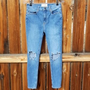 Free people high rise skinny jeans distressed sz29